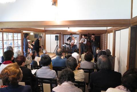 盛況!ブルーグラス コンサート:浄智寺、匠の市同時開催_c0014967_9354644.jpg