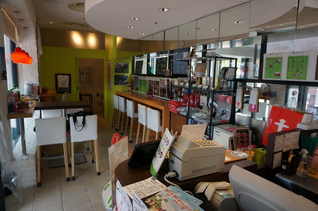 恵比寿のAMPELMANN Cafe Tokio_c0180686_11322115.jpg