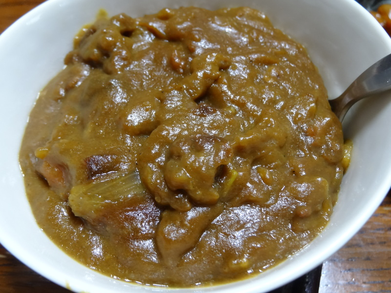 鶏モモ肉のソテー、ひじき煮、カレー、煮豆、焼売、白菜の煮物です。_c0225997_18451272.jpg