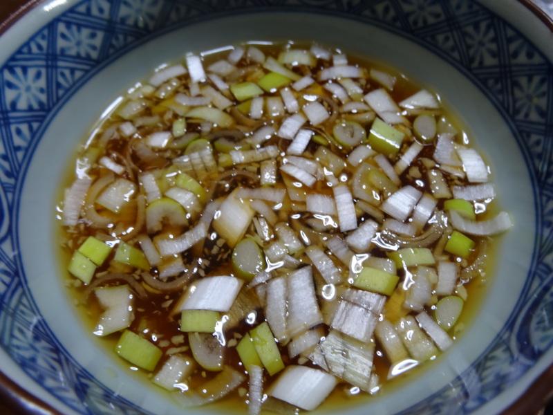 玉子焼き、茄子とピーマンの甘味噌炒め、キムチ納豆、天麩羅と饂飩、コールスロー、レトルトのカレーです。_c0225997_2152640.jpg
