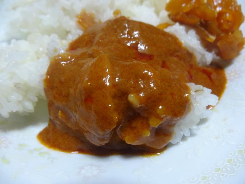 玉子焼き、茄子とピーマンの甘味噌炒め、キムチ納豆、天麩羅と饂飩、コールスロー、レトルトのカレーです。_c0225997_2241250.jpg