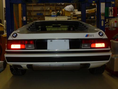 BMW M1 (E26)_e0254365_16205035.jpg