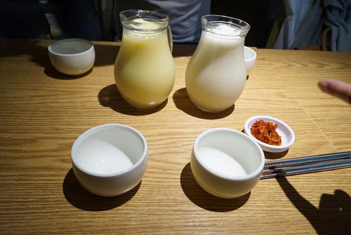 ソウルの弘大(ホンデ)でBBQレストラン「BASE CAMP]とマッコリバー「ニューヨークマッコリ」。_a0223786_9365713.jpg