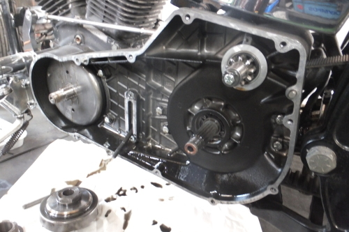 91FXSTC ハンドル・テール交換 発電不良修正 CCバーも切ったゾ_a0257316_23103968.jpg