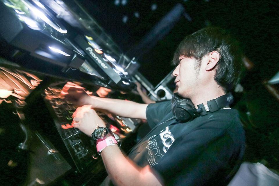 毎週土曜◉19:30-23:30☆THE RIGOLETTO OCEAN CLUB 横浜でLATIN DJ Series♬*入場無料 世界は広い!→_b0032617_1964285.jpg