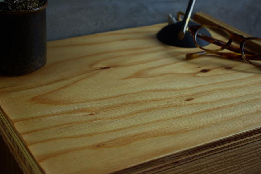 atelier koboさんのラーチの家具_f0234628_09464837.jpg