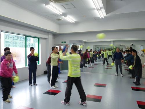 「体操」_c0214657_18435359.jpg