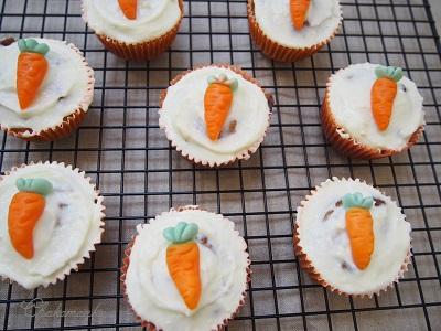 Carrot Cupcakeを焼く_f0238789_17551981.jpg