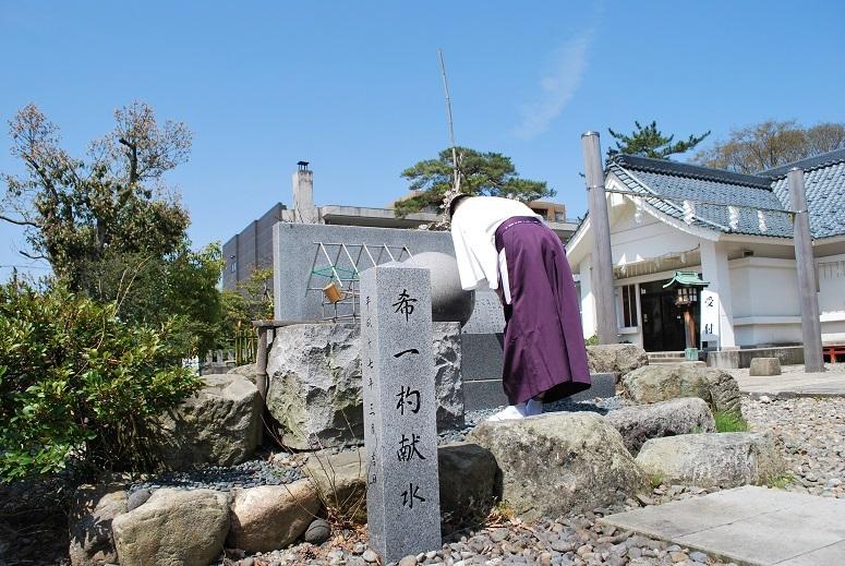 「西太平洋戦没者の碑」への御拝礼_f0067122_11041505.jpg