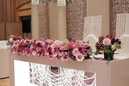 春の装花 バラの装花 パレスホテル立川様、 ローズルームへ_a0042928_22455527.jpg