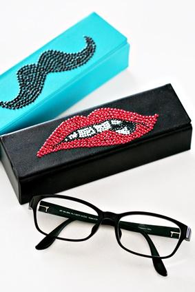 メタルビーズでJINSのメガネケースをデコる。_b0048834_918284.jpg