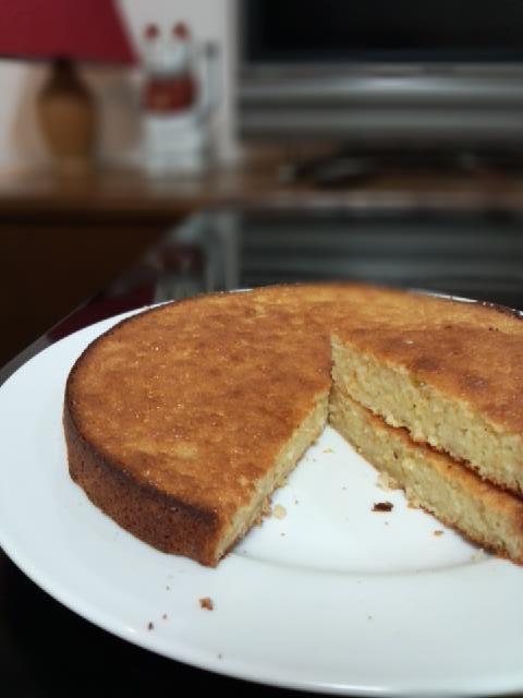 バナナシフォンケーキ、、、焼いたけど、、、_b0019674_23142161.jpg