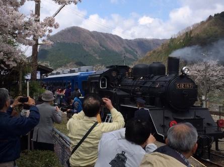 若桜鉄道 SL・DL走行!!_f0101226_16004105.jpg