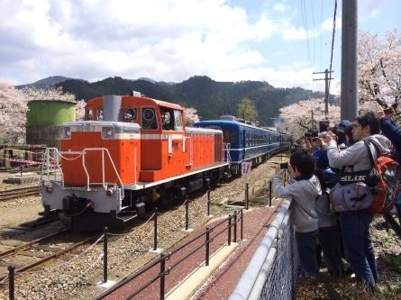 若桜鉄道 SL・DL走行!!_f0101226_16012187.jpg
