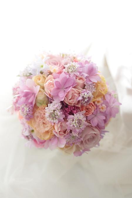 春のブーケ ホテル日航福岡様へ 全国へブーケをお届けします(でも生花はどうしてもってときだけ!)_a0042928_19211450.jpg