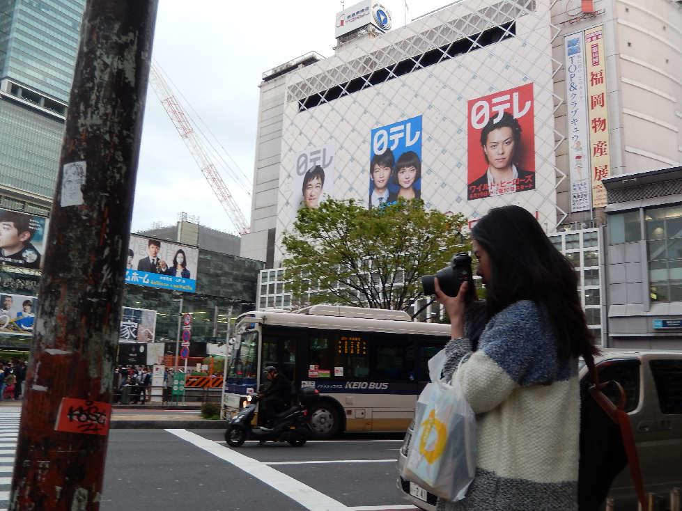 イースター休みに渋谷スクランブル交差点に出没した外国人をシューティング_b0235153_11585877.jpg