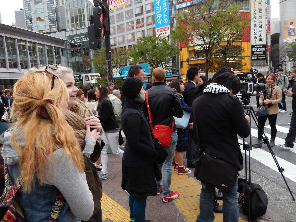 イースター休みに渋谷スクランブル交差点に出没した外国人をシューティング_b0235153_11592887.jpg