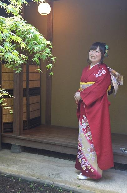 新緑の季節に、華やかな振袖で友人の結婚式へ_d0230676_1703321.jpg
