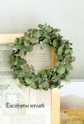 Mini wreath & Collage ♪_d0167088_16472356.jpg