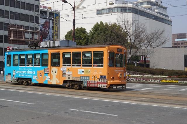 路面電車の元気さに注目、地方創生の大きな助っ人にせよ、熊本城と路面電車_d0181492_2014653.jpg