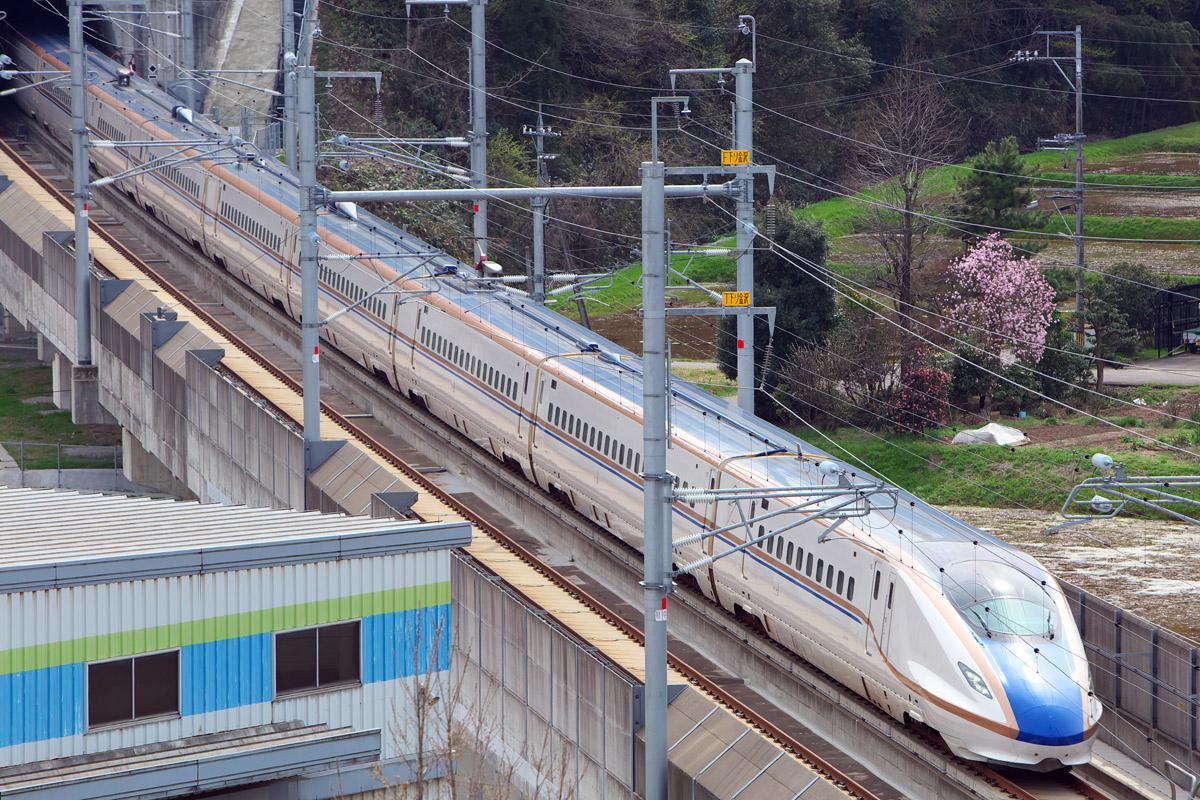 新幹線の見える丘公園_e0140159_2037164.jpg