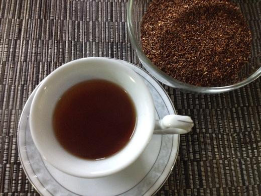 紅茶ならぬ赤茶の香りは・・・?_a0136671_3355760.jpg