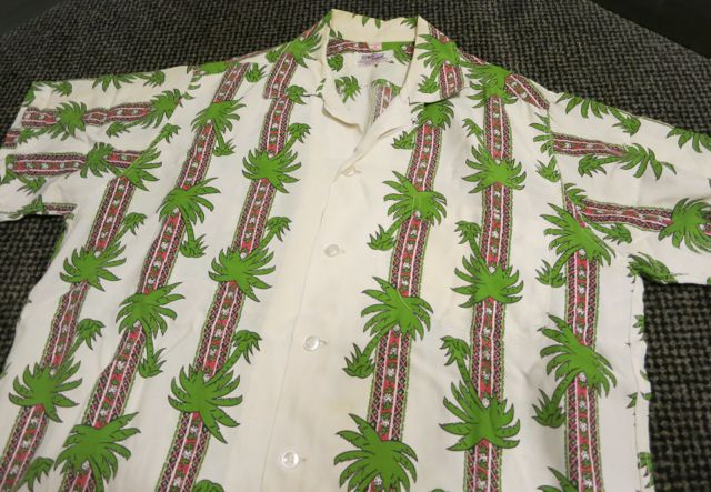60\'S DUKE KAHANAMOKU border pattern hawaiian shirts!_c0144020_10424063.jpg