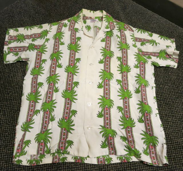 60\'S DUKE KAHANAMOKU border pattern hawaiian shirts!_c0144020_10424261.jpg