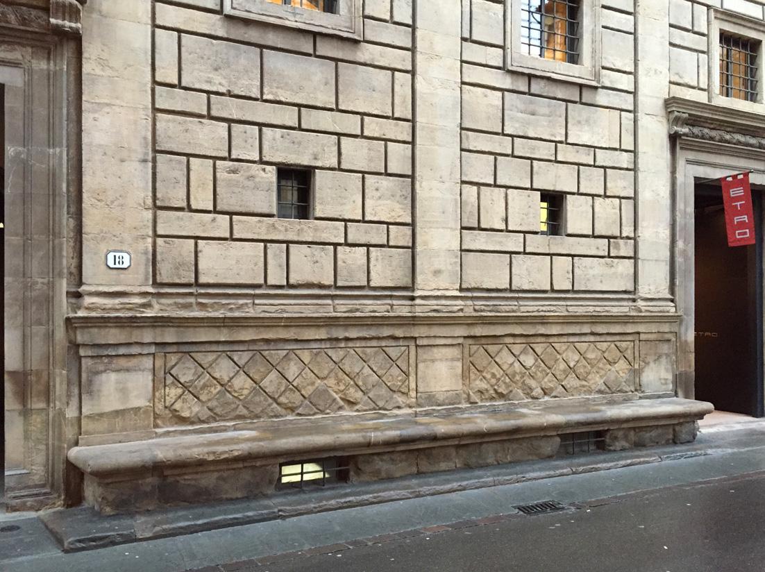 パラッツォ・ルチェッライ  フィレンツェ Firenze_e0127948_1912118.jpg