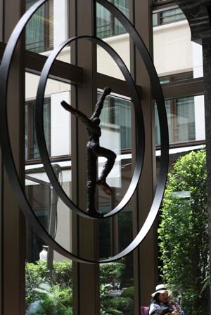 Paris 私のお気に入り ~ホテル サロン・ド・テ編~ 「マンダリン オリエンタルホテル パリ」_c0138180_19122720.jpg
