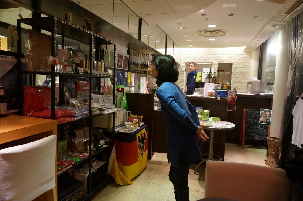 恵比寿のAMPELMANN Cafe Tokioにて。_c0180686_12144469.jpg