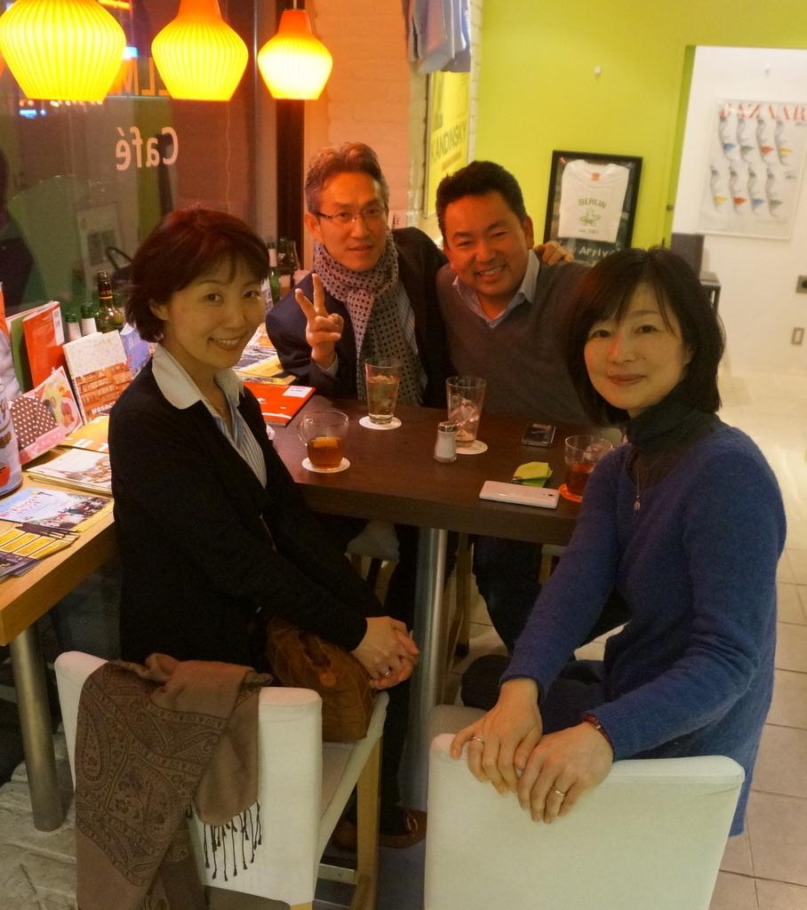 恵比寿のAMPELMANN Cafe Tokioにて。_c0180686_12160192.jpg