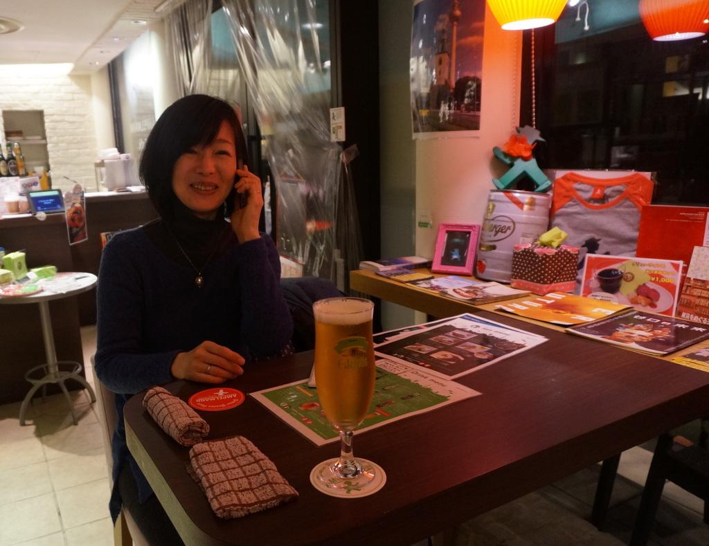 恵比寿のAMPELMANN Cafe Tokioにて。_c0180686_12164798.jpg