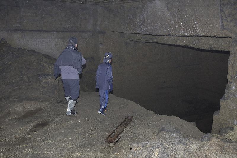 命名 チポ・・・・・Nの穴鉱山・・洞窟温泉_f0281095_185152.jpg
