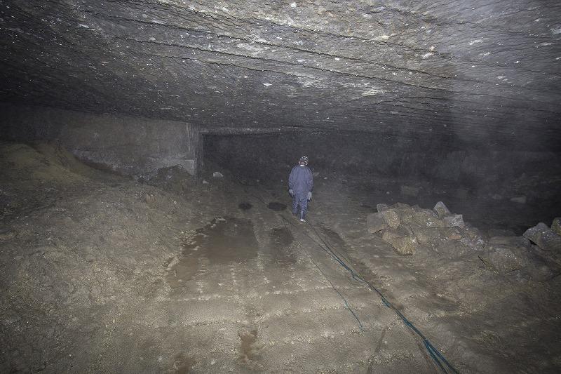 命名 チポ・・・・・Nの穴鉱山・・洞窟温泉_f0281095_19293.jpg
