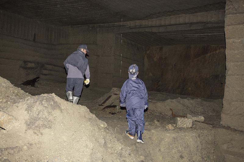 命名 チポ・・・・・Nの穴鉱山・・洞窟温泉_f0281095_19661.jpg