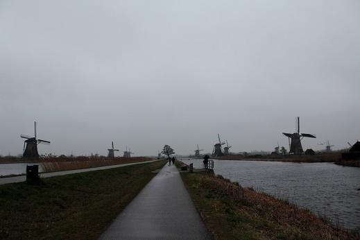 キンデルダイクの風車群_b0176896_18193388.jpg