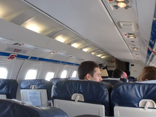 旅日記 クック諸島 2012MAY その10 Air Rarotonga 614   RAR - Aitutaki  _f0059796_13584124.jpg