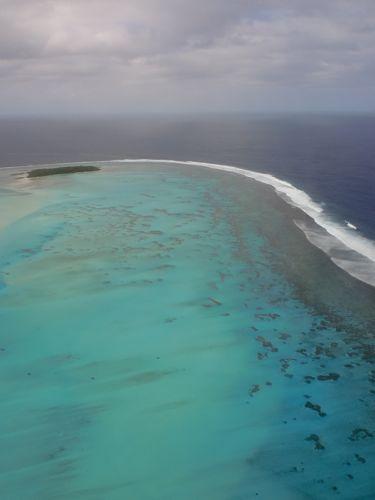旅日記 クック諸島 2012MAY その10 Air Rarotonga 614   RAR - Aitutaki  _f0059796_140129.jpg