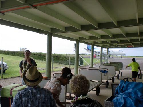 旅日記 クック諸島 2012MAY その10 Air Rarotonga 614   RAR - Aitutaki  _f0059796_1414681.jpg