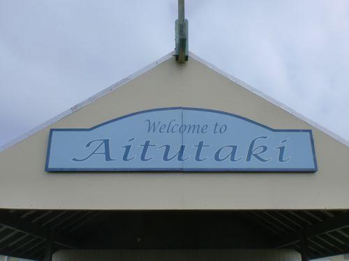 旅日記 クック諸島 2012MAY その10 Air Rarotonga 614   RAR - Aitutaki  _f0059796_141686.jpg