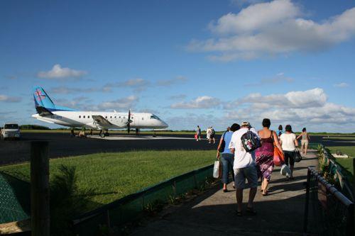 旅日記 クック諸島 2012MAY その14 Air Rarotonga Aitutaki to RAR_f0059796_16193956.jpg