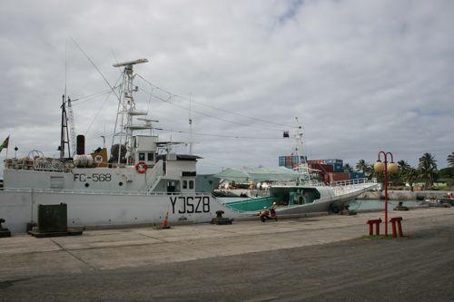 旅日記 クック諸島 2012MAY その17 ラロトンガでサイクリング_f0059796_17285478.jpg