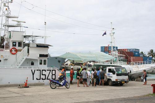 旅日記 クック諸島 2012MAY その17 ラロトンガでサイクリング_f0059796_17315016.jpg