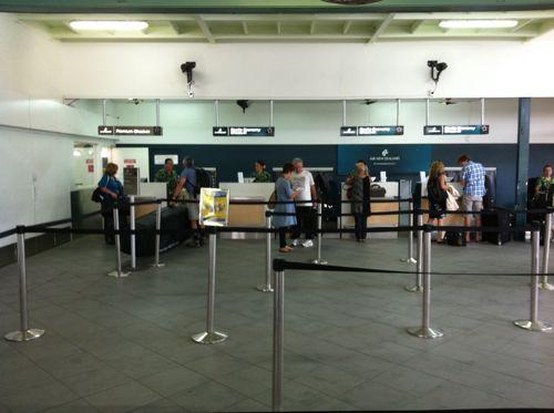 旅日記 クック諸島 2012MAY その18 さらばクック諸島 また会う日まで!! NZ061 RAR SYD _f0059796_2050871.jpg