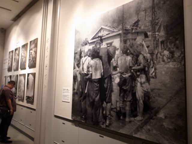広島平和記念資料館~広島護国神社_f0197703_10152168.jpg