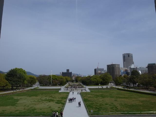 広島平和記念資料館~広島護国神社_f0197703_10244096.jpg