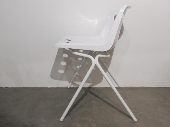 Polo chair White_c0362506_16075937.jpg