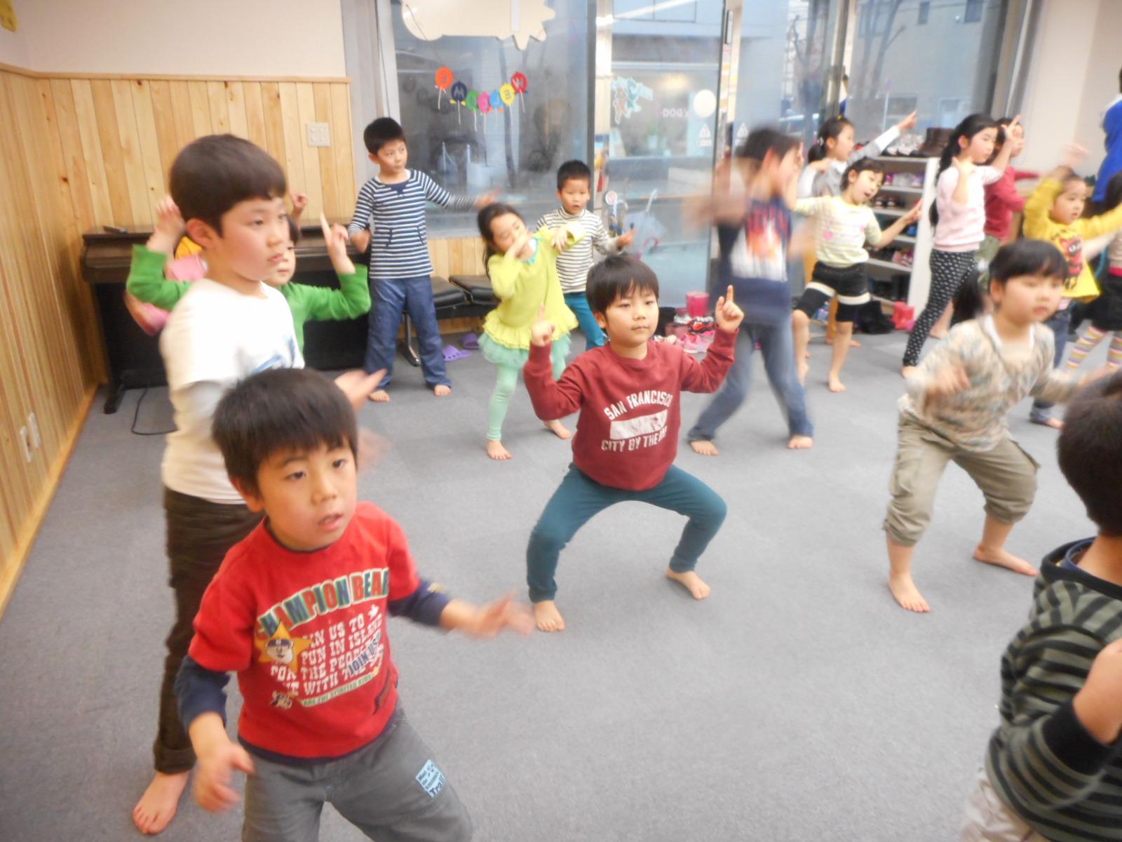 4月8日 ダンス教室_c0315913_20125311.jpg