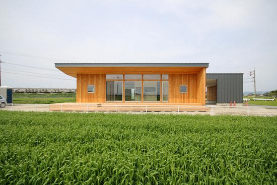 「Forest Barn FLAT+Garage/神埼の家」完成見学会でした!_e0029115_1432384.jpg